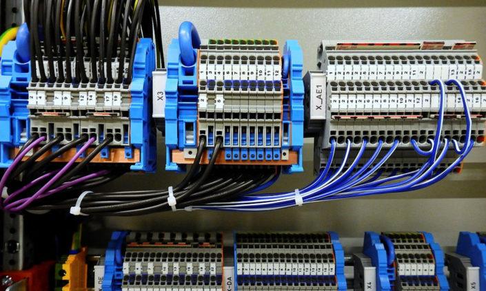 Cuadros eléctricos para máquinas  Segovia